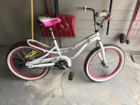 White and pink female cruiser bike. pick up only New York, 10465