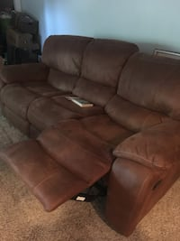 brown leather 3-seat recliner sofa Lubbock, 79416