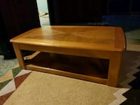 brown wooden 2-layer lift-top coffee table Arvada, 80004