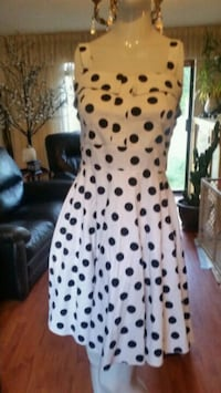 white and black polka-dot pants Maple Ridge, V4R 1H3