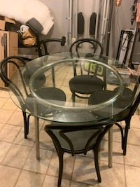 Glass dining room table have to get right now