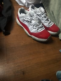 Jordan's 11 low cherry red