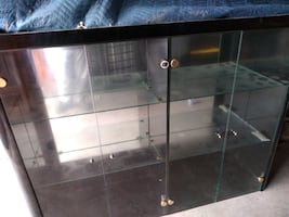 Black Lacquer display cabinet w/mirrored base