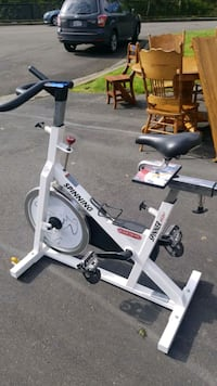 Spinning bike  Puyallup, 98373