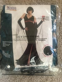 Brand new never opened witches Halloween costume with wig! $15 or best offer! Bradford, L3Z