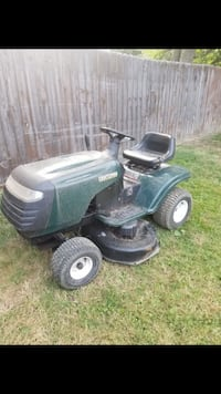 Craftsman Riding Lawn Mower with Dump Trailer Tallmadge, 44278