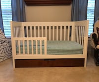 Toddler bed and changing table Chesapeake, 23323