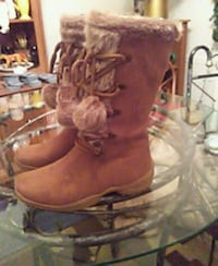 New boots size 7 brown 417 mi