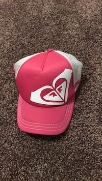 Pink and white roxy hat  Rochester, 14625
