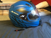 Blue full-face helmet West Des Moines, 50265