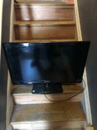 """32"""" flat screen tv nothing wrong with it  Orillia, L3V 7A9"""