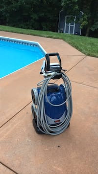 Polaris 9550 Pool robot with remote  Wake Forest, 27587