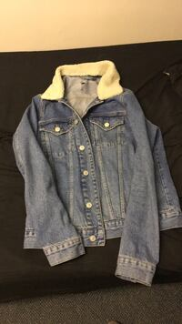Men's Medium River Island Denim Coat Wolverhampton, WV1 1HR