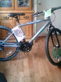 """2 brand new bicyles 26"""" bike are in lasalle  Montréal, H8Z 1C1"""