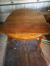 Dining Table seats 8 with extension.  Edmonton, T5T