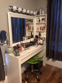 MakeUp table  Medford, 02155