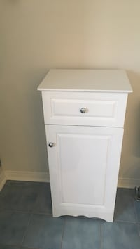 White storage unit...perfect for bathroom or bedroom