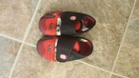 Boys indoor shoes size 6.