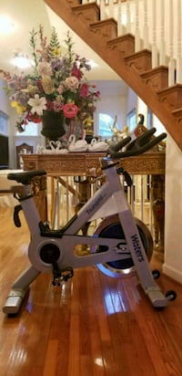 Water Tsunami Pro spin bike Falls Church, 22043