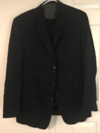 Men's dress suit size large Brampton, L6R