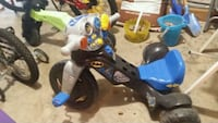 toddler's blue and white trike Vienna, 22181
