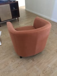 Mid century modern accent chair!!