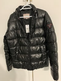 jacket it is brand new with the tag Laval, H7N 6E9