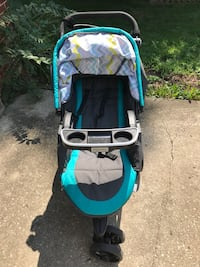 Stroller, pumpkin seat, and seat base Canal Winchester, 43110