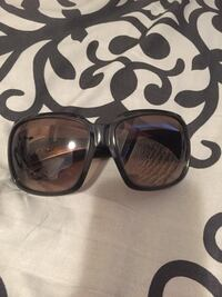 Authentic preloved Versace sunnies Vaughan, L4H