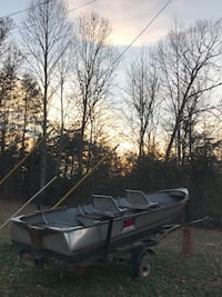 Aluminum boat with trailer was asking 550 445 mi