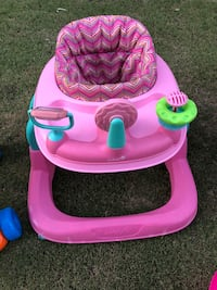 $30 total for all 3 baby items. Off Jewetta and reina. Baby walker, exersaucer and bathtub  Bakersfield, 93312