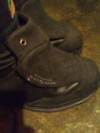 pair of black leather sandals 3153 km