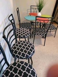 3 stool bars and dining room. Avon Park, 33825