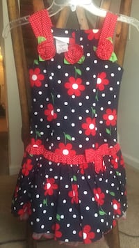 Black and red polka dot sleeveless dress New dress never use Stafford, 22556