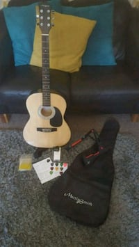 Acoustic Guitar  Walsall, WS3 2SZ