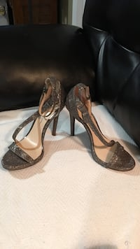 Size 9 like new Harpers Ferry, 25425