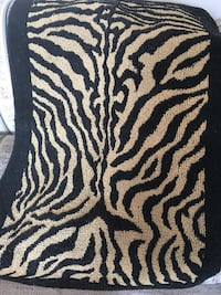 Animal print area rug size-about 3 ft x 4ft. Fresno, 93727