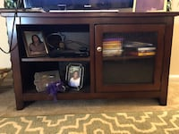 Brown wooden tv hutch Laurel, 20708