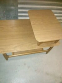 Small wooden table approximately 3 ft by 2 ft Hyattsville, 20784