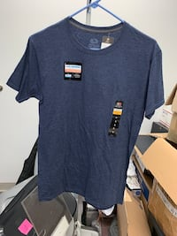 Fruit of the loom t shirt (small)