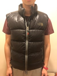 Used The North face Vest