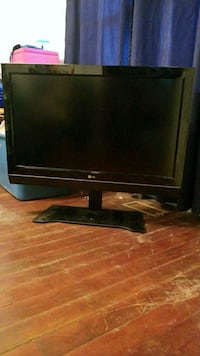 37 inch LG flat screen TV Brantford