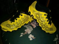 Adidas yellow womens shoes size 4 1/2 San Antonio, 78227