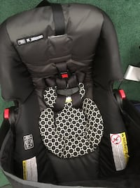 Graco newborn car seat and base Sterling, 20164