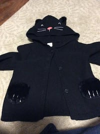 JUST REDUCED  MORE   black cat sweater 18-24 m   Rockville