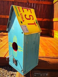 Handmade rustic shabby chic style birdhouse with New Mexico roof license plate. Albuquerque, 87113