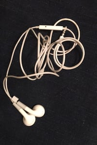 Used Sony earbuds Media, 19063