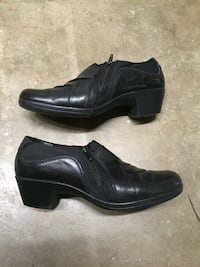 Ladies shoes size 8 Antioch