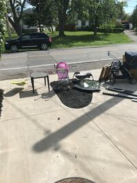 Baby Stroller buggy picture mirror table  Welland, L3C 5E2