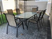 Patio set table and chairs Hicksville, 11801